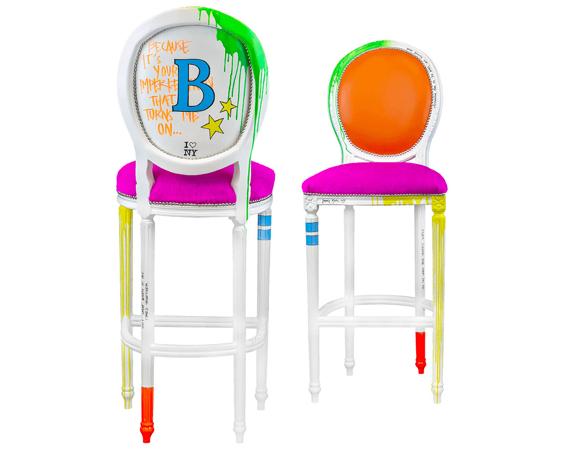 A & B STOOLS / B